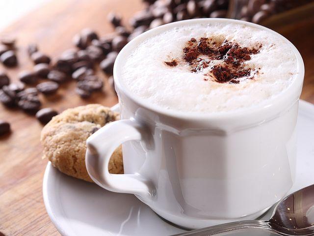 cappuccino-1247152__480 (1).jpg